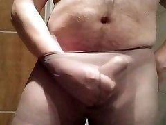 Schwanz in nylons