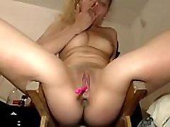 Webcam Whores : Squirters 01