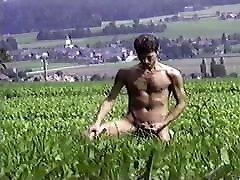 Nakedmusicman 24