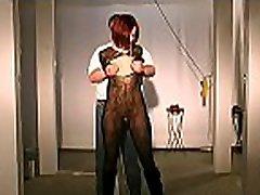 Adult woman endures complete khora randi xnxx xxx whilst naked