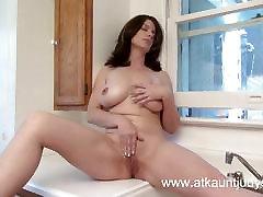 Big natural tit MILF masturbates