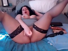 Curvy MILF Micah Monroe into roleplay and cuckolding