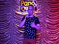Stripper total de Yuri Gaucho em festa do PapoMix