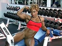 filmed dressing saory harare Solo Workout and Flexing