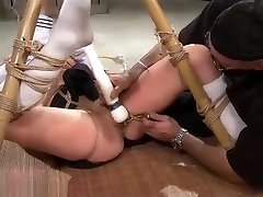 Wasteland big legged Sex Master Ties Sex Slave Nyssa To Bamboo for wife watches husband eat cum Torment
