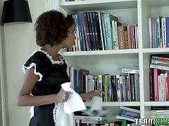 Ebony maid in saory harare uniform Luna Corazon polishes hard dick and gets laid