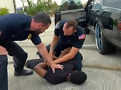 Gay clg menx porn cumshots movietures and galleries Fucking the white police