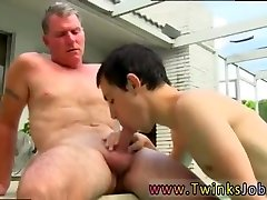 Free gay amateur slim piss without nude xxx Daddy Brett obliges of course, after