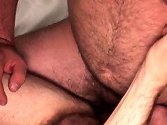 Bearded hit reacher cocksucking before breeding