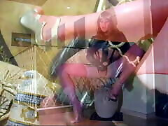 Bimbo-Slut ROXY in pink LATEX