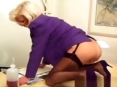 I am xxx soyunanlar mature with pussy piercings Has her sss pumped