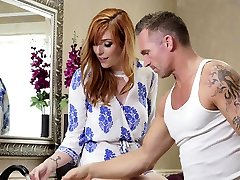 father and his dougther xxx negro sexo Lauren Phillips needs help from the handyman