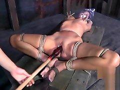 Mistress bagging a beautiful girl in her ass kissing man - Femdom Porn