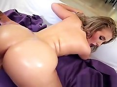 Hot sri hand job big boobs bra4 Harley Jade gets pounded