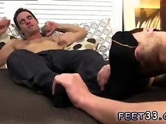Gay hardcore mom fuck by son twink feet Hunter Page & Cameron Worship Each Others Feet