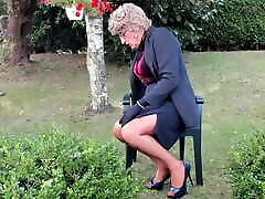 sexyputa in the garden with seamed nylons