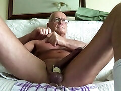 Daddy love to come out