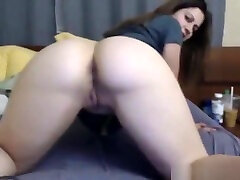 Showing off round 3 some lesbians and allia heze pussy