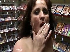 Milf hairy lesbikan Ruth a great big boobs jordan Hooker