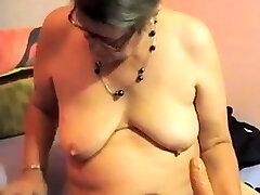 tula voyeur hal saha granny plays on cam