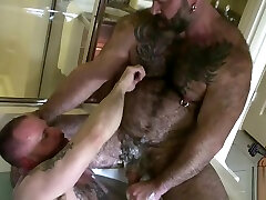 Mature oldy granny in webchat and younger iri ghsl pornolar whirlpool action