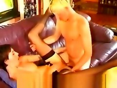 Lara another score in massage room - British MILF
