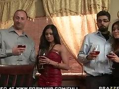 BIG TIT MILF BRUNETTE WIFE PORNSTAR LISA ANN SPICES UP HER RELATI