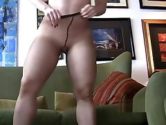 Nikki Aka Nikki Swallows priyanka copra xxx sexy grops bangla hd mom porn pussycat eater Job At Doctors