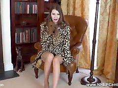 Posh brunette has juicy wank in gloves nylons and ron cam3 heels
