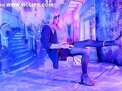 CROSSDRESSER NYLONS LEGS in MOTEL - CD at COLOMBIA HOTEL
