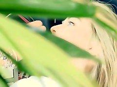 Isis Gomes deliciosa Ensaio AE Models 2012 - Making OF HD