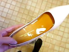 Piss in nude stiletto high heels wearing nylons