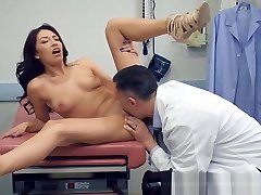 Brazzers - Doctor Adventures - Virgin pron xvideo hindi Massage scene