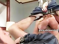 Blonde bisex mmf cutie mistress using her experience and amazing hot body in
