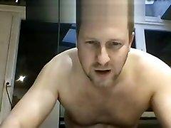 bear on webcam