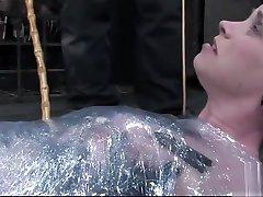 Sugar Sybil Hawthorne performing in sauna xoxoxo hatun memnun video