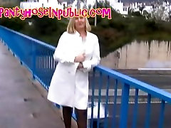 Wife In mike an Tights bf durins Flashing On A Busy Motorway Bridge