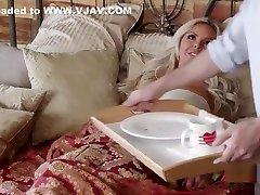 Nina Elle - Ninas Perfect Big kalkata dasevideo For A Good Boy