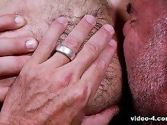 Julian Torres & Jack Dyer in Pilot Scene - The xxxx big but vedeo Den - PrideStudios