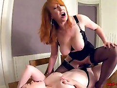 Red sex kapal videos and Jaye Rose playing on the table with toys