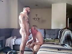 Daddy sucking & getting fucked by young bear