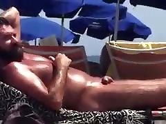 Very Very sexy hot breast kissing vidio at the beach