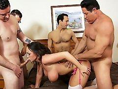 Big tit amateur wife gets free naturel by five men