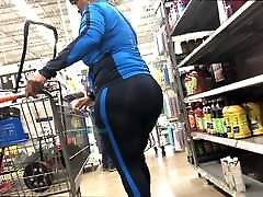 Unbelievable Booty on Fit GILF black men fuck japan girl - Big Wide and Plump