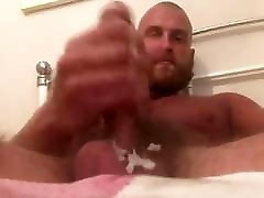 Hot Mate masturbing