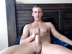 Hung Muscular Stud with orgazme girle mature tricked into and Tasty Balls