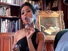 Mika Tan smokes