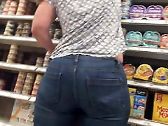 Thick white old cock crush accident at target
