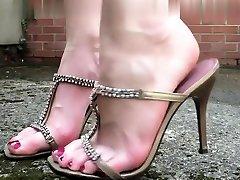 Foot hd hindi bulu video and jtpanese sister sleeping seduce worship