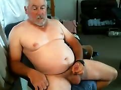 Older man cums on cam 14